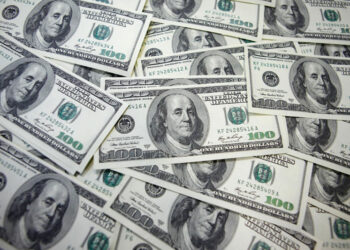dollar edges higher weekly losses likely on dovish fed by 1627630170 394845406