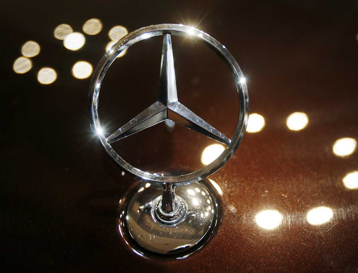 mercedes sketches out all electric scenario by decades end 1626992459 667933190